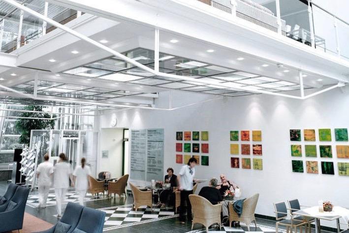 Dr Mathias Tremp Klinik Hirslanden Cafe